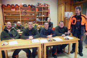 Po ukończeniu szkolenia, uczestnicy otrzymują certyfikaty ECC